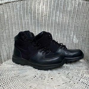 Nike ACG Manoa leather boot
